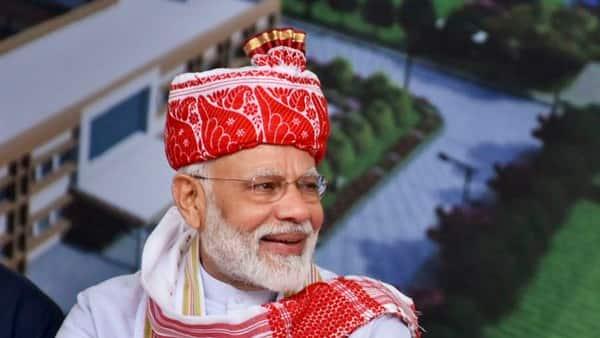 Government is 'kaamdaar' and 'damdaar', says PM Modi