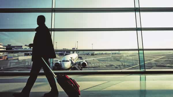 Air passenger traffic falls for 3rd straight month