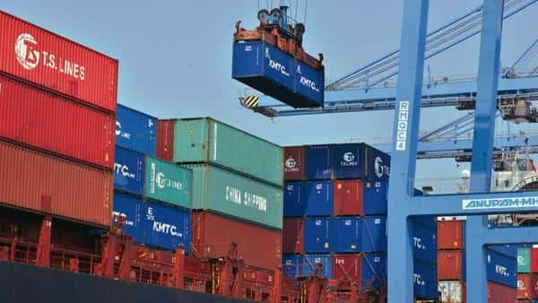 In itself, these disruptions open up an opportunity for India to expand trade with the US and China—by filling in supply gaps (Mint file)