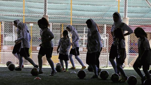 Women can attend qualifiers, Iran assures Fifa