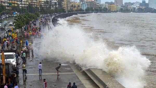 Rising sea levels may sink Mumbai by 2100: IPCC report
