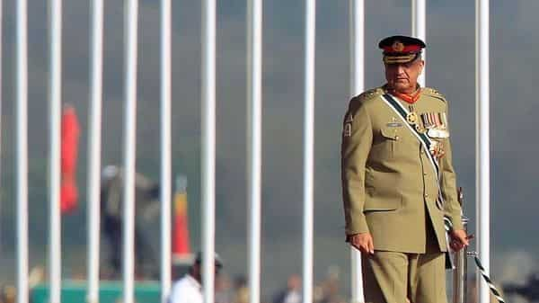 Pakistan's Army Chief of Staff Lieutenant General Qamar Javed Bajwa arrives to attend the Pakistan Day military parade in Islamabad, Pakistan, March 23, 2017. REUTERS/Faisal Mahmood/File Photo (Reuters)