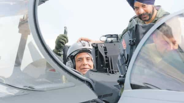 Defence minister Rajnath Singh readies for a sortie in the first Rafale jet formally handed over to India at the Dassault factory in Mérignac, France, on Tuesday.  (Photo: AP)