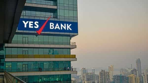 Yes Bank sells 6.56% stake in Fortis Healthcare for Rs645 crore