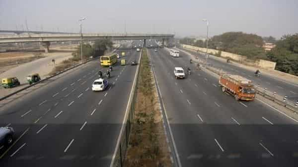 The average annual road awarding track record so far has been about 4500 km