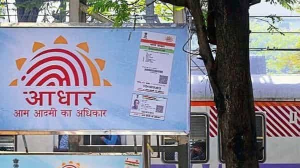 Delhi HC issues to notice UIDAI in a PIL to link property documents to Aadhaar