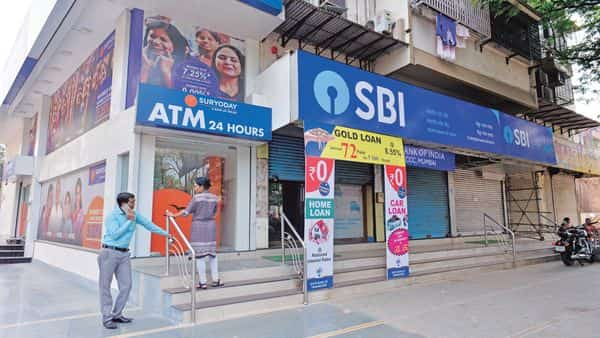 SBI and BoB are looking to fill specialist roles such as IT and small business management. (MINT_PRINT)