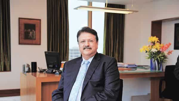 The Ajay Piramal-led Piramal Capital and Housing Finance's total loan book stood at  ₹53,055 crore at the end of Q2, compared to  ₹56,605 crore in the preceding quarter. (Mint)