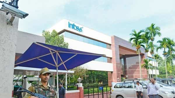 In the latest instance, an anonymous group called 'Ethical Employees' has complained to the Infosys board and the US Securities and Exchange Commission, alleging accounting jugglery to boost short-term revenue and profits.  (Photo: Mint)