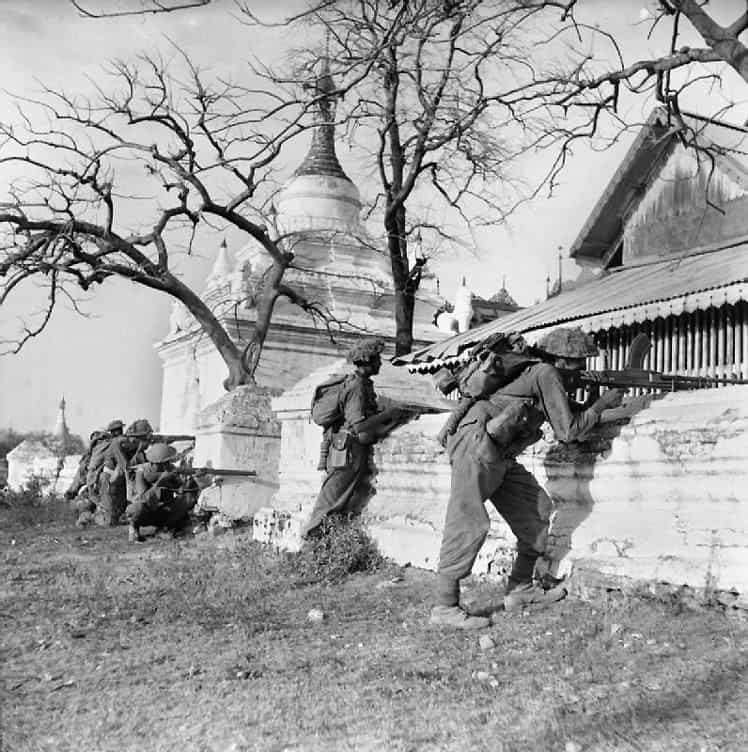 Indian troops of the British empire in Mandalay.
