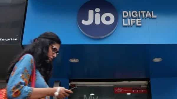 Jio has launched an app that allows you to make landline calls using your smartphone. (Reuters)