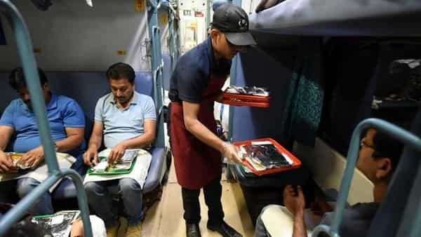 According to the new rates, a cup of tea will now cost  ₹35 in AC first of Rajdhani, Shatabdi and Duronto trains. (HT)