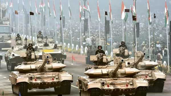 One of the biggest challenges to upgrading the military is an outmoded defence procurement procedure that not only takes too long but is also skewed in favour of established companies and imports. (Photo: Hindustan Times)