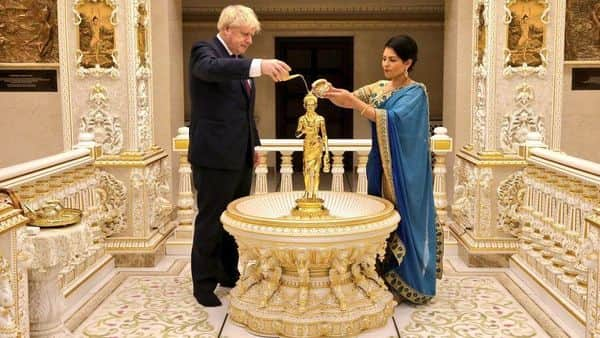 British Prime Minister Boris Johnson and UK home secretary Priti Patel at the Swaminarayan Mandir in Neasden, north-west London (Photo: @NeasdenTemple on Twitter)