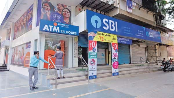 SBI reported a net profit of  ₹3,011.73 crore in Q2 FY20 (Photo: Aniruddha Chowdhury/Mint)
