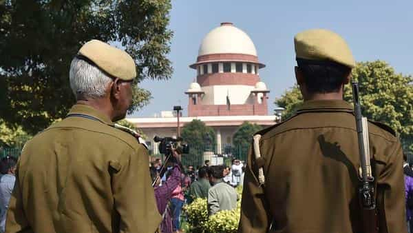 SC refuses to pass order on plea for protection for women entering Sabrimala temple