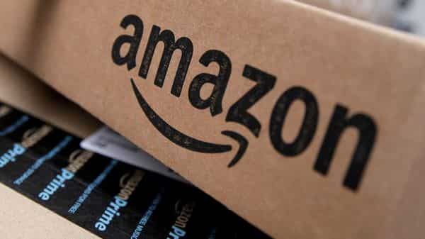 Amazon first CFO was killed by company's delivery van, reveals report - Livemint thumbnail