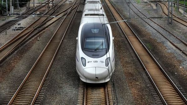 Belonging to China's Fuxing series of bullet trains, the vehicle is capable of speeds up to 350 km/h and that too without anyone on the driver's seat. (Reuters)