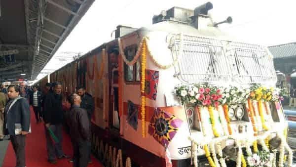 Mumbai-Ahmedabad Tejas Express flagged off. Know timing, fare, new features
