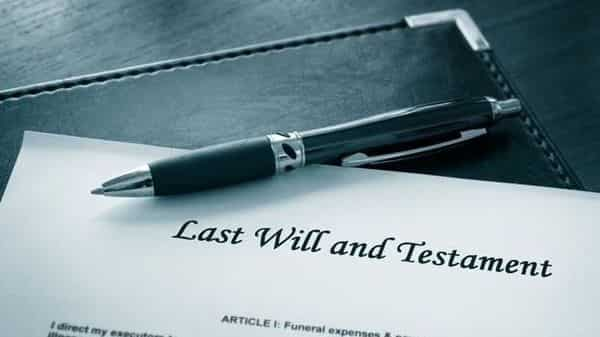 It is not necessary to appoint a lawyer as executor of your Will