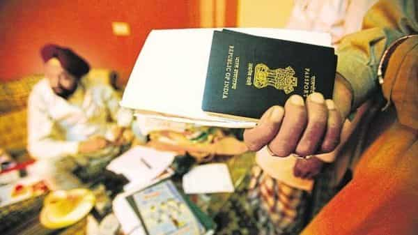 Passport Seva Kendras start passport renewal reminder service