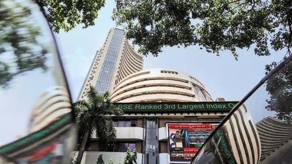 Sensex edges higher, DMart operator Avenue Supermarts surges for second day - Livemint thumbnail
