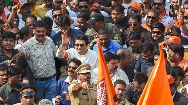 Maharashtra Navnirman Sena (MNS) Chief Raj Thackeray along with workers participates in a march from Marine Drive to Azad Maidan, demanding eviction of illegal (Muslim) immigrants from Pakistan and Bangladesh staying in India, in Mumbai, Sunday (Photo: PTI)
