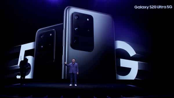 T.M. Roh, President and Head of Mobile Communications Business, speaks in front of a photo of Samsung Galaxy S20 Ultra 5G phones while speaking at the Unpacked 2020 event in San Francisco (Photo: AP)