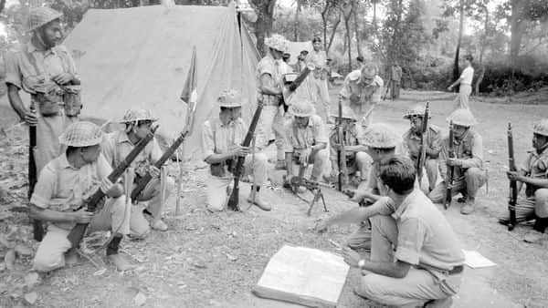 Bangladeshi freedom fighters in a jungle on the Indian side of the border in 1971. (Alamy)
