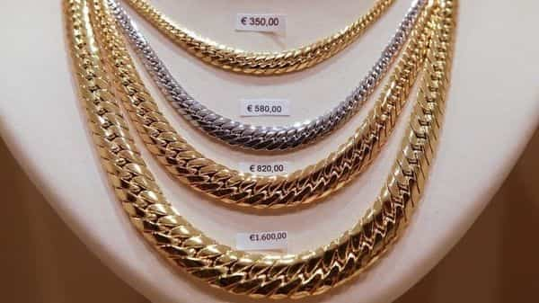 Gold Prices Today Surge 1 200 Per 10