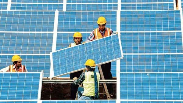 India's renewable energy programme will require $80 billion in investments till 2022.  (Photo: Pradeep Gaur/Mint)