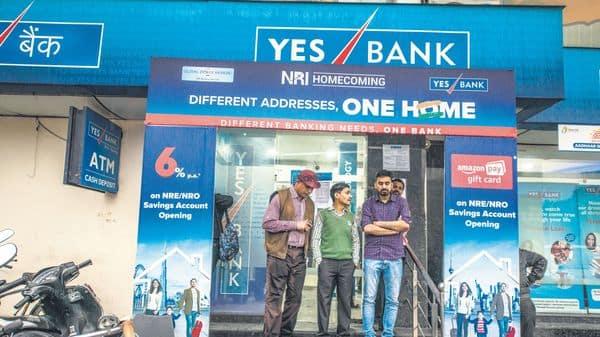 SBI may hold 45.74%, HDFC and ICICI Bank may hold 6.31% each, and Axis Bank and Kotak Mahindra Bank may hold around 3.5% each (Photo: Pradeep Gaur/Mint)