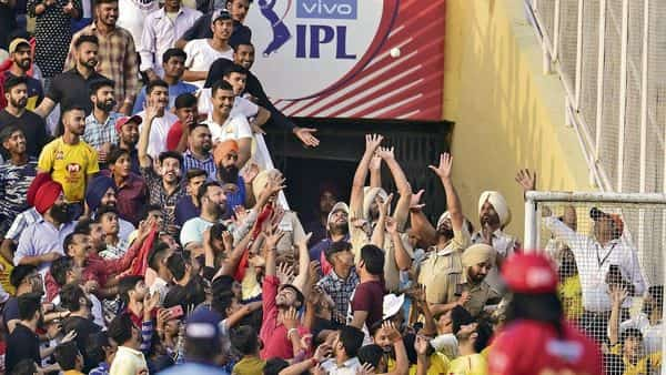 No foreign player will be available for this year's IPL till April 15. Photo: HT