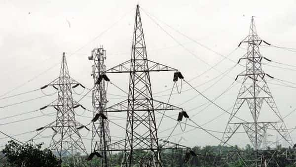 At the heart of India's power sector malaise is the inability of discoms to deliver electricity efficiently (Photo: Mint)