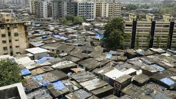 The spread of the highly contagious virus in Dharavi is alarming, as it is home to over one million people who live in cramped spaces. Photo: HT