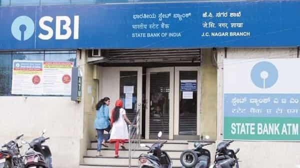 SBI Doorstep banking service is available to only fully KYC-compliant customers. (Mint)