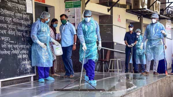 The total number of coronavirus cases in India has climbed to 5,734 (PTI)