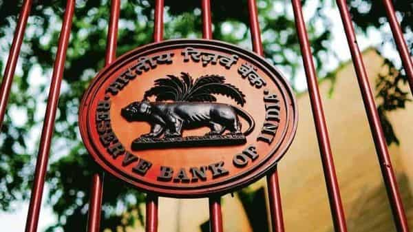 RBI had asked banks to make 10% provisions for all loans under the three-month moratorium announced on March 27. (Photo: Mint)