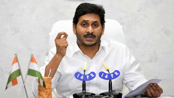 Andhra Pradesh govt forms a high-level committee to probe into the mishap