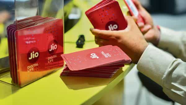 If the negotiations are successful, the world's most valuable company will get a slice of Jio Platforms. (Mint)
