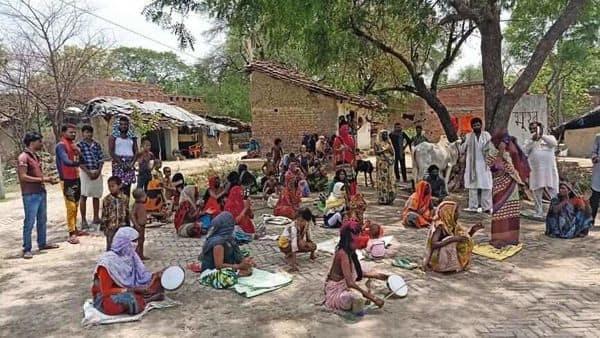 Residents of Kherwa village at a hunger strike last week (Photo: Sayantan Bera/Mint)