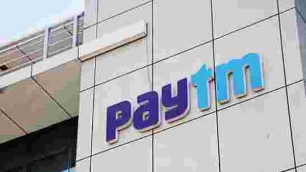 Close to 40% of Paytm Mall's GMV comes from grocery deliveries as e-commerce firms were barred from selling anything but essentials in the first three phases of India's lockdown. (Photo: Bloomberg)
