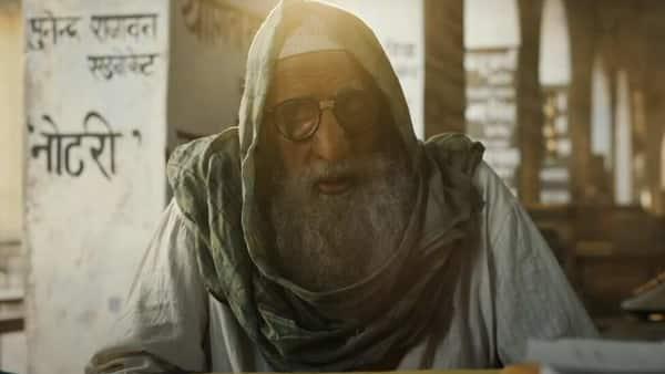Amitabh Bachchan in 'Gulabo Sitabo'.