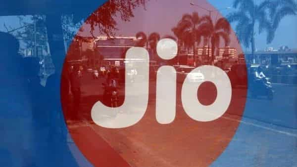 Jio Fiber users get unlimited access to Zee5 premium content on Silver quarterly and above plans