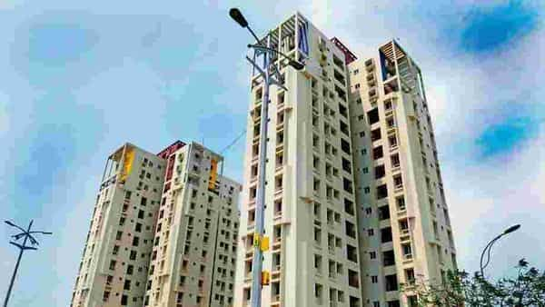 A lower interest rate also means higher eligibility for the borrower. Photo: Mint