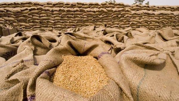 India's wheat stocks at government warehouses (Photo: Mint) (Ramesh Pathania/Mint)