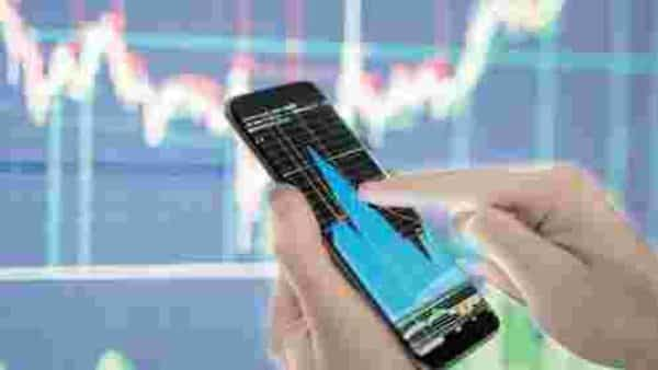 The widely tracked fear gauge, the Chicago Board Options Exchange volatility index (CBOE VIX) has cooled down from its recent peak.Photo: iStock