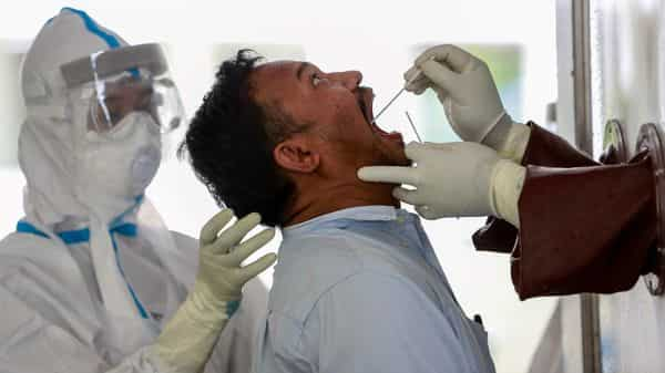 For 3 days in a row, more than 3 lakh Covid tests done per day in India