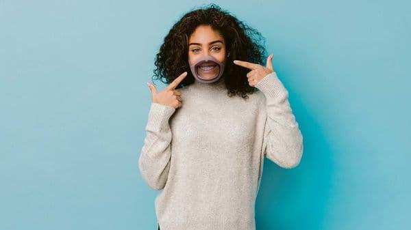 The CLIU face mask has a transparent design (Photo courtesy: CLIU)
