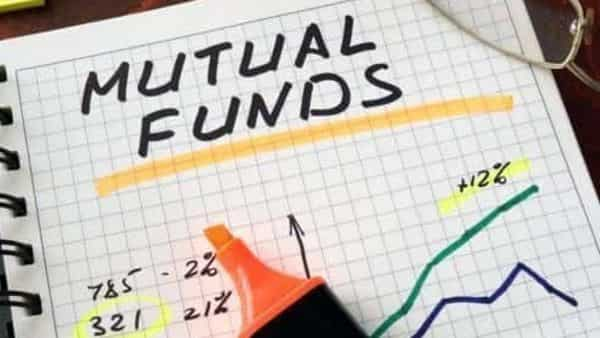 Of the 45 players, most of the mutual funds witnessed an addition in folios and only 11 saw a decline in investors account.